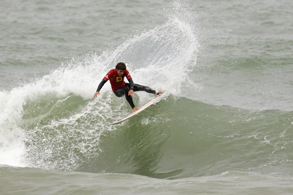 Davey Brand of Team SA won the golf medal in the U18 boys at the Reunion Island Challenge in Cape Town - Photo courtesy Surfing SA