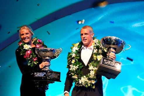 Pictured: Stephanie Gilmore (AUS), 22, and Mick Fanning (AUS), 28, crowned the 2009 ASP Women's World Champion and ASP World Champion respectively last night at the ASP World Champions' Crowning. Credit: © ASP / SCHOLTZ