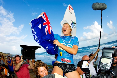 Pictured: Stephanie Gilmore (AUS), 22, moments after claiming her history-making, fourth, consecutive ASP Women's World Title. Credit: ASP / CESTARI