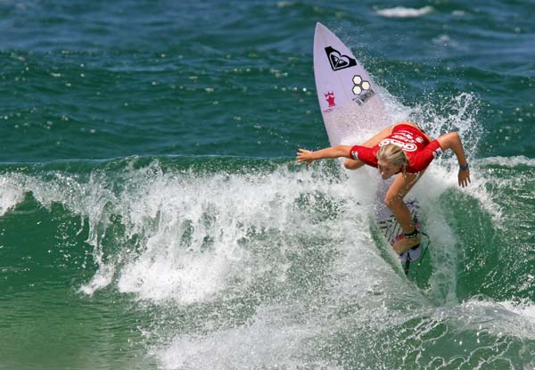 Bianca Buitendag, 19, (George) shows the form that took her to victory in the CHIKO Pro Junior women's event at Newcastle in Australia last year  Photo: Red Monkey