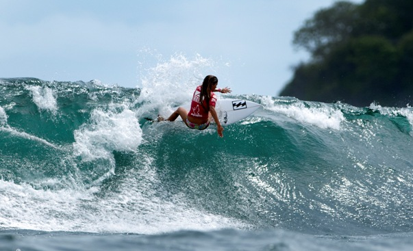 Tanika Hoffman carves of the top of a wave on her way to the highest women's heat tally on Day 6  Photo: ISA / Rommel Gonzales