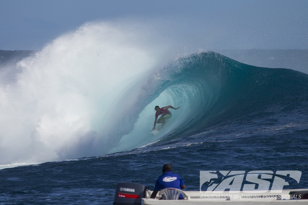 Jordy Smith deep inside a Cloudbreak tube on his way to the quarter-finals of the Volcom Fiji Pro  Image Credit: ASP / Kirstin