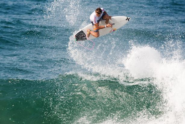 Julian Wilson (AUS) lands an Alley Oop to score a perfect 10 point ride defeating Jordy Smith (ZAF) in the Final of the Mr Price Pro Ballito. © Mr Price/ Cestari