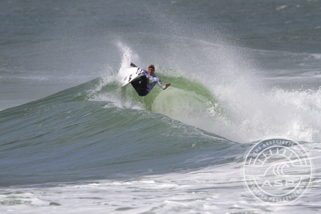 Slade Prestwich (Durban) hits the lip on his way to the quarterfinals of the HD Women's World Junior Championships in Brazil yesterday  Credit: ASP / Smorigo