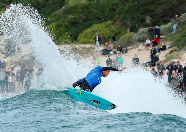 Mick Fanning (AUS) on his way to victory in the J-Bay Open on Saturday  Image: WSL / Cestari