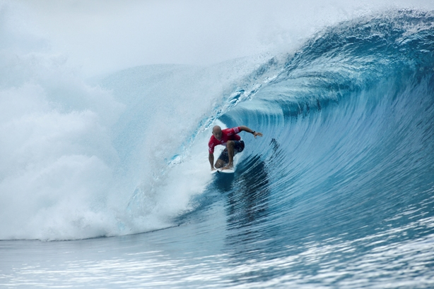 Kelly Slater (USA) deep inside a tube at Teahupo'o on his way to victory in the Billabong Pro Tahiti on Tuesday Photo: WSL / Poullenot
