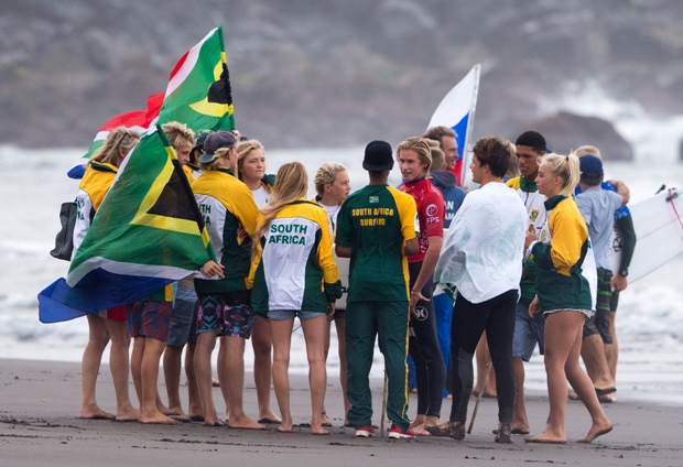 The South African junior surfing team supporting their team mates on the beach during the VISSLA ISA World Junior Championships which ended in the Azores on Sunday  Photo: ISA / Rezendes