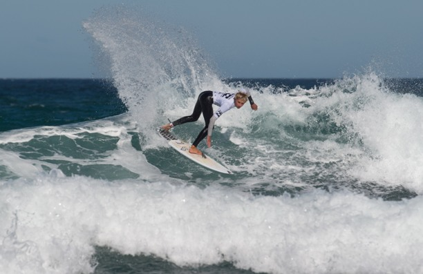 Max Elkington (Kommetjie) on his way to victory in the U16 Boys division of the Billabong Junior Series presented by All Aboard Travel in Port Elizabeth on Sunday Photo: Billabong / McGregor