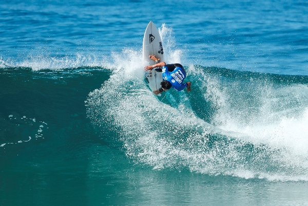 Connor O'Leary of Australia on his way to victory in the 2016 Ballito Pro pres. by Billabong Photo: WSL / Cestari