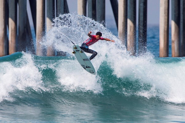 Michael February (Kommetjie) takes to the air on his way to 5th place in the Vans US Open of Surfing at Huntington Beach in California Photo: WSL / Morris