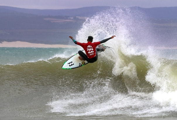Angelo Faulkner (Nelson Mandela Bay) was one of the top performers on the opening day of the Billabong SA Junior Champs pres. by BOS at Jeffreys Bay today Photo: Billabong / Thurtell