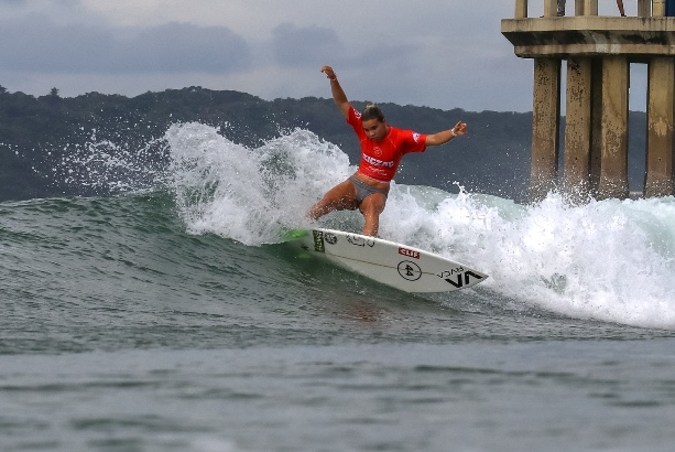 b4376f2bdde0e4 Top Seeds Dominate Opening Rounds of Zigzag Durban Surf Pro pres. by G-Force