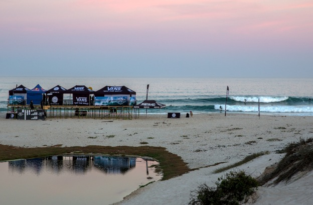 f1808114aa453f ... YoYo s in Lamberts Bay along with substantial prize money and WSL  rankings points have attracted a huge field for the 2018 Vans Surf Pro  Classic Image  ...