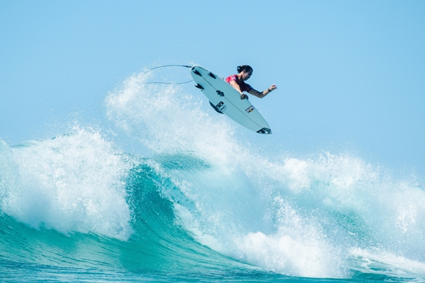 dfbcd4440f26ac Jordy Smith (Durban) takes to the air on his way to third place in the  Quiksilver Pro Gold Coast